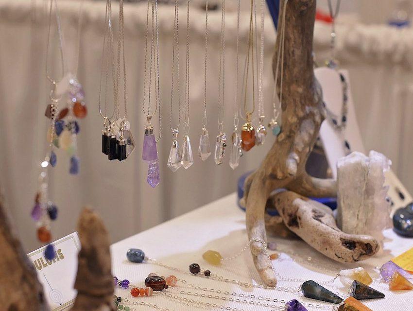 preparar amuletos mágicos poderosos con tus propias manos wemystic